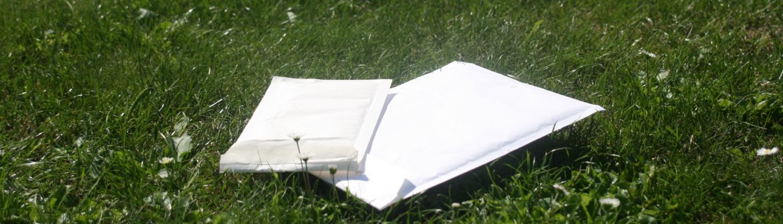 Versandtaschen als Beispiele für die Versandmöglichkeiten